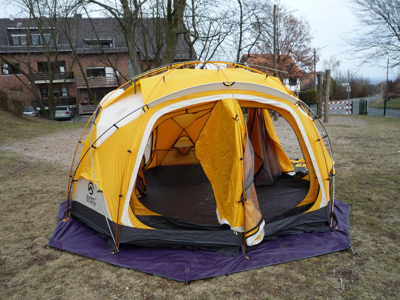 Mountain Hardwear Stronghold Tent 10 Person 4 Season Best & Mountain Hardwear Stronghold Tent 10 Person 4 Season - Best ...